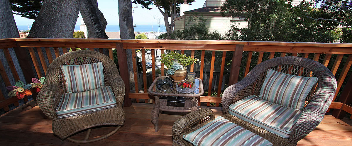 monterey bed and breakfast, tumtum tree cottage, ocean view deck
