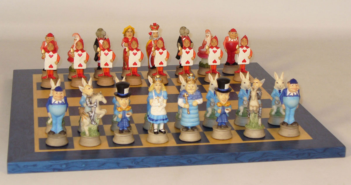 alice-in-wonderland-chess set