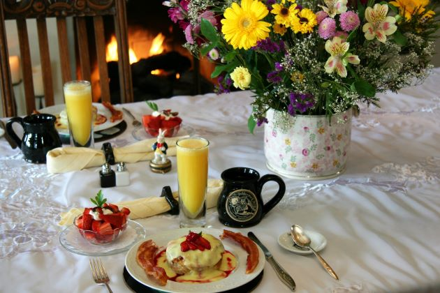 monterey bed and breakfast
